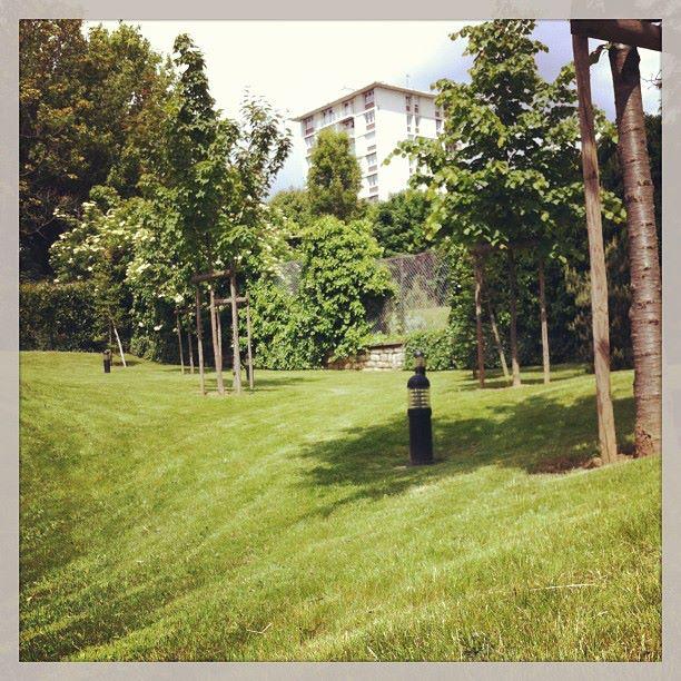 Entretien de jardin des copropri t s 91 92 94 78 for Entretien jardin ile de re